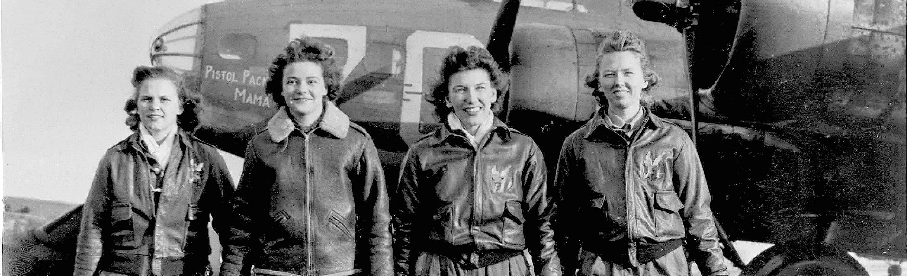 Female pilots of the WASP program.